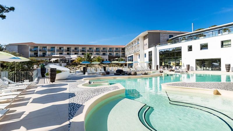 RÉNOVATION D'UN HOTEL « LES BAINS D'ARGUIN » -  CENTRE DE THALASSOTHÉRAPIE À ARCACHON