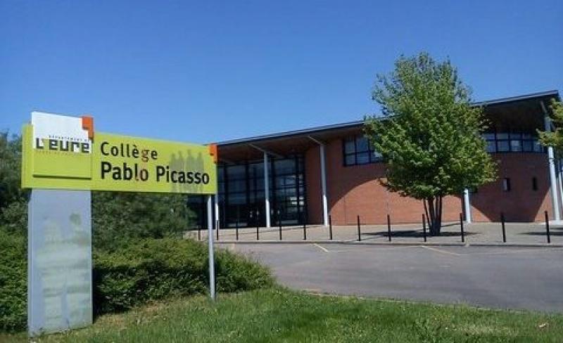 REMPLACEMENT DU SSI AU COLLÈGE PABLO PICASSO À GISORS